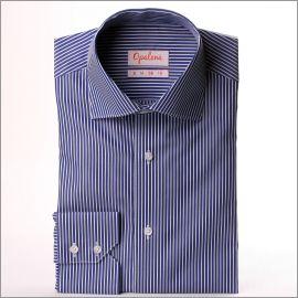 Chemise à rayures bleu foncé et blanches