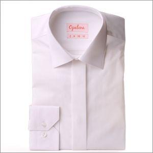 Wit poplin shirt met een bedekte plaket