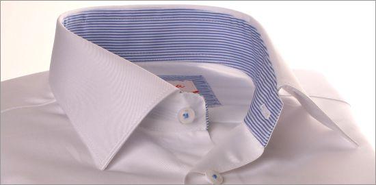 Chemise blanche à col et poignets à rayures bleues